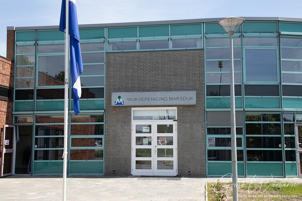 Naambord ophangen WV Marsdijk 2 juni 2020