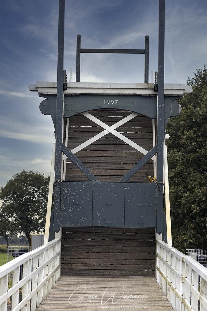 Sloop Enkeerdbrug Marsdijk begonnen 19 oktober 2020 - Gino Fotografie