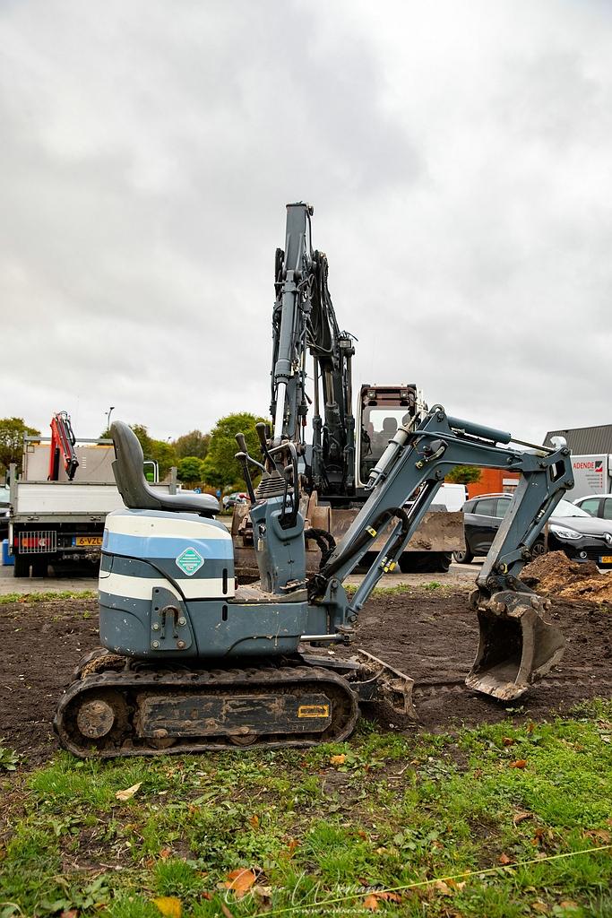 Gat graven voor sokkel kunstwerk 26 oktober 2020