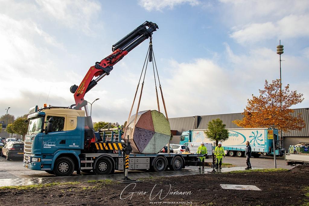 Plaatsing kunstwerk Noorderzon 27 oktober 2020 - Gino Fotografie